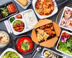 新大久保人気NO.1金達莱 韓国料理 KINRTATSU Restaurant