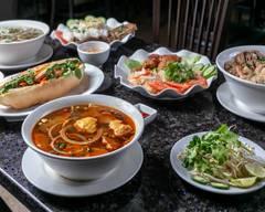 Mai's Kitchen Vietnamese Cuisine (Preston Ave. S)