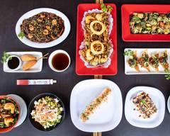 Mikono Sushi Bar (Paseo Lazaro Cardenas)
