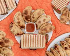 Criollos sandwiches