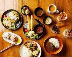 スリーポイントカフェ ‐ロッポンギ‐Three Point Cafe ‐ROPPONGI‐