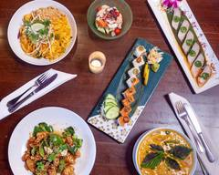 East Moon Asian Bistro & Sushi (Westminister)
