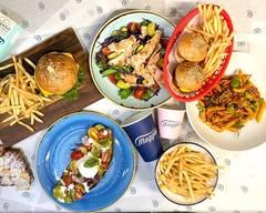 Maggio's Cafe