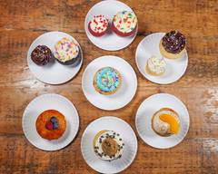 Molly's Cupcakes (River East)
