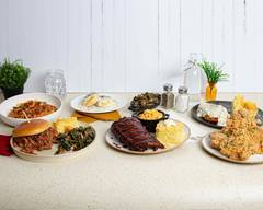 Big Mama's Southern Table (4125 N. Sherwood Forest Dr.)
