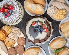 La Ideal Bakery
