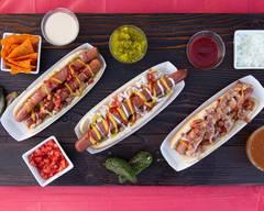 Los Famosos Hot Dog's de Plaza del Reloj