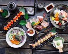 Sakura Sushi & Roll