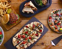 Uno Pizzeria & Grill (5007 Victory Blvd)