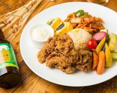 【川口唐揚げとクラフトビール】川口ブルワリー 名物からあげとワインとビール [Kawaguchi fried chicken and craft beer]