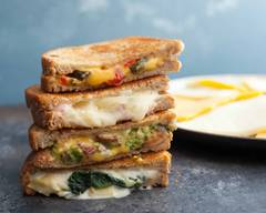 Dallas Grilled Cheese Co (W. 7th St)