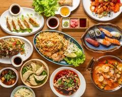 Takasan Teppan Yaki Et Sushi