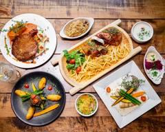 Highlander House Restaurant & Bar
