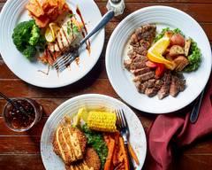 Skyboxx Restaurant and Sports Bar